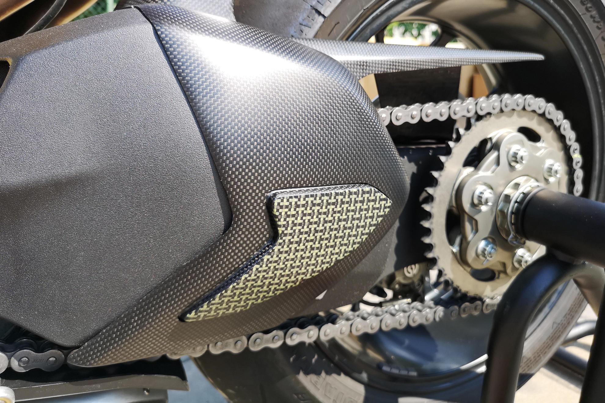 Swingarm Cover Ducati Panigale V4 Carbon Kevlar Cnc Racing